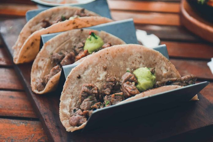 Eight typical dishes of Mexico past tacos